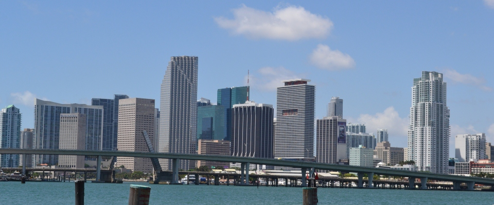 Downtown_Miami_skyline_May_2011 960x400.jpg